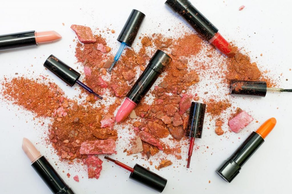 Finding cruelty free makeup and skincare products can seem hard at first. But this beginners guide to cruelty free beauty will tell you all you need to know